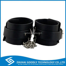 China Suppliers Wholesale Free Sample Sex Toys handcuff silicone handcuffs