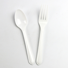 Eco-Friendly high weight fork spoon wall decor customer plastic spoon and fork