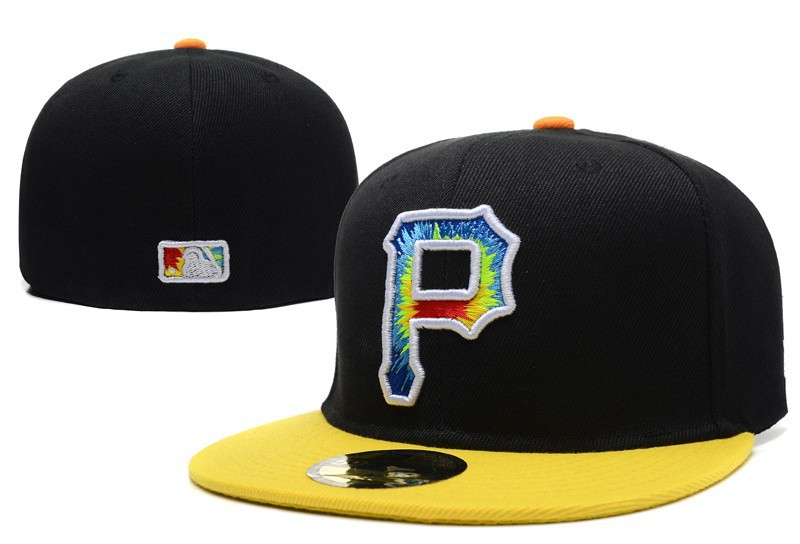 481db35c7a0 Get Quotations · Top Quality Flat Baseball Full Closed Caps Colorful P  Letter Logo Men s Pittsburgh Pirates Fitted Hats