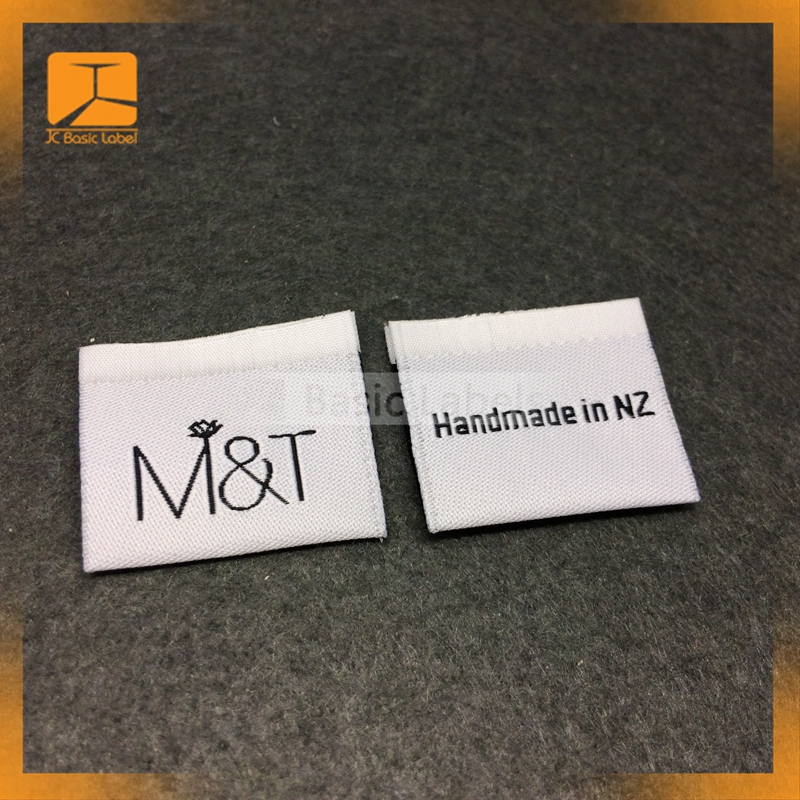 China Manufacturer Custom Made Clothing Cheap Garment Woven Label