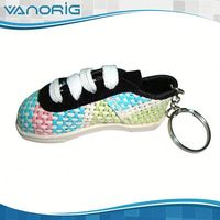 Professional Factory Supply!! Customised Mini rotatable shoes shape keychain/key chain