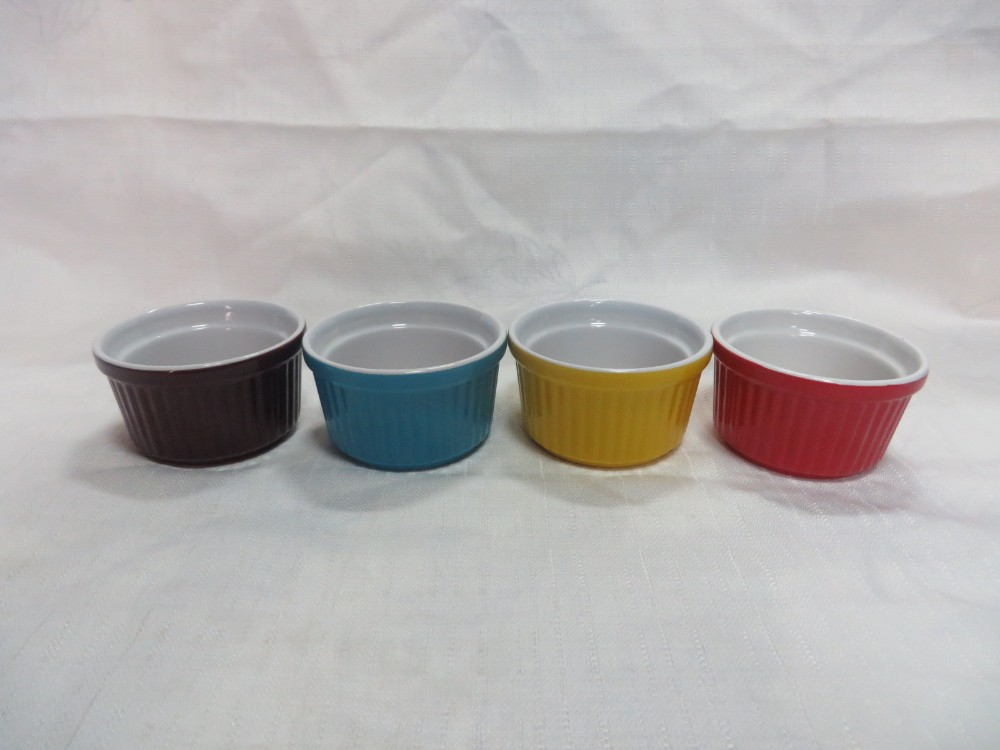 9 cm of Ramekin bowls of color glazed from zongheng