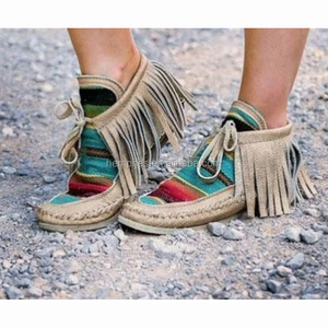 Wholesale New Personalized Women Suede Tassel Serape Moccasins