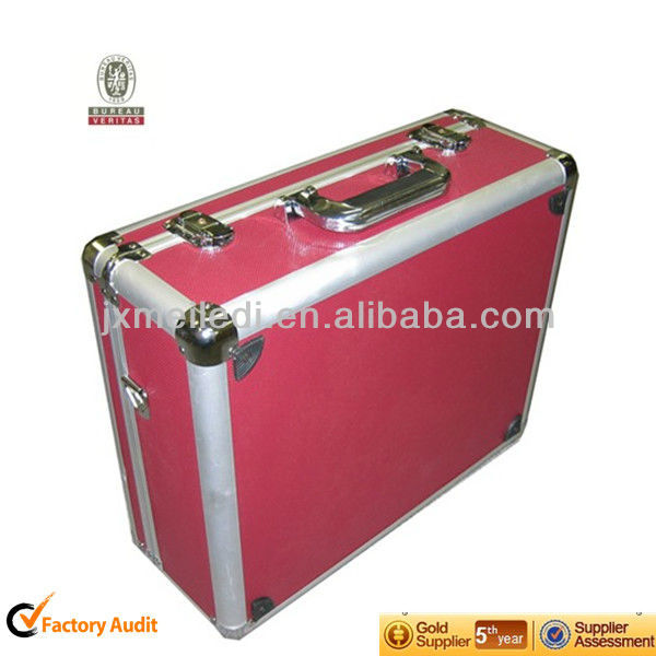 2013 Newest Red Durable Digital Camera Bags With aluminum frame