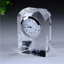 2016 hot selling funny small cheap crystal desk clock for gifts