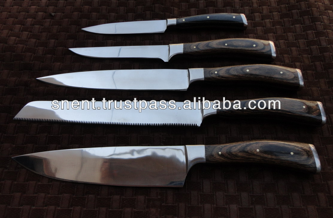 Custom Carbon steel kitchen knife set/ Wooden Handle UI-5206