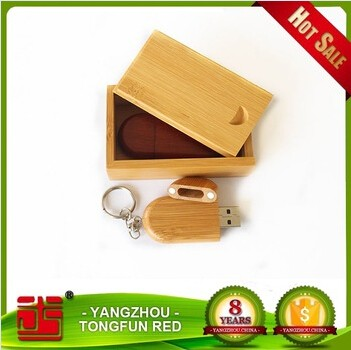 Wood Swivel USB 2.0 8GB Flash Drive