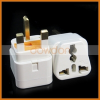 UK Type Plug With Safety Fuse Universal Socket To 3 Pin UK Plug 13A 250V Travel Adapter