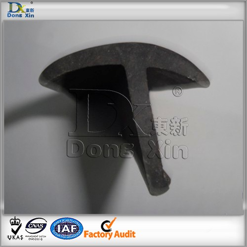 Black high heat resistant silicone T shaped rubber seal strip profile