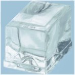 Square ice cube maker with water flowing mode
