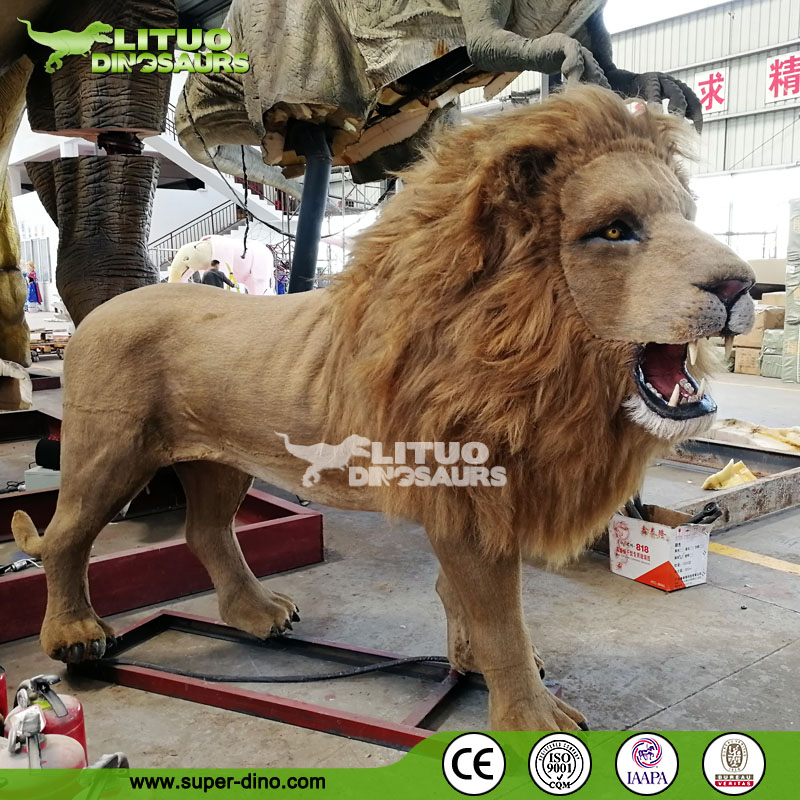 Life Size Moving Animatronic Lion with Fake Fur
