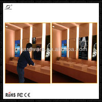 "32"" wall mount led mirror sensor touch screen adverting player ,WiFi/3G"