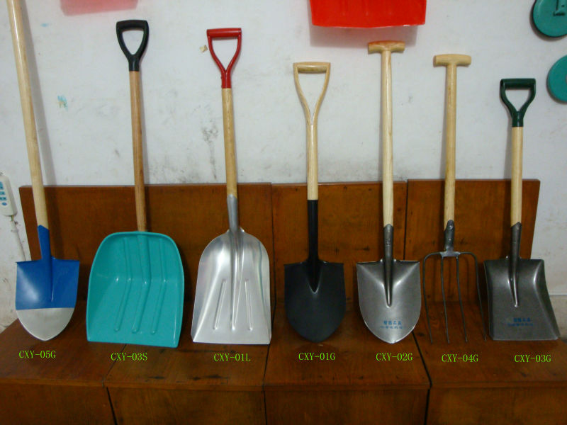 D or T Shaped Wooden Handle Shovels on hot sell