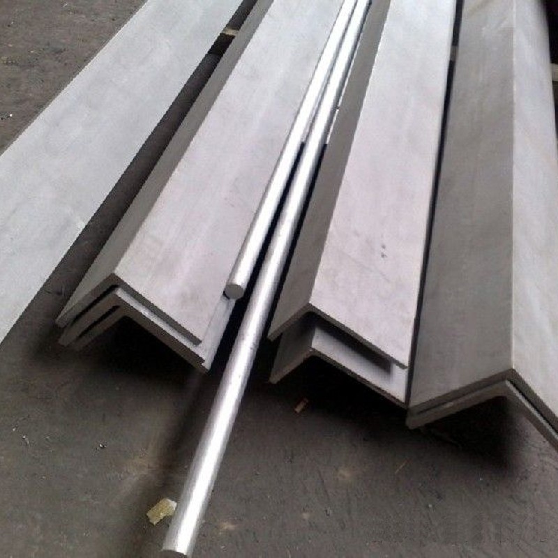 Hot rolled JIS Standard size unequal angle steel/ mild steel angle iron / iron angle