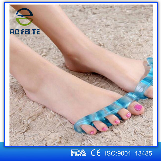 New products 2015 gel toe stretcher silicone toe separator