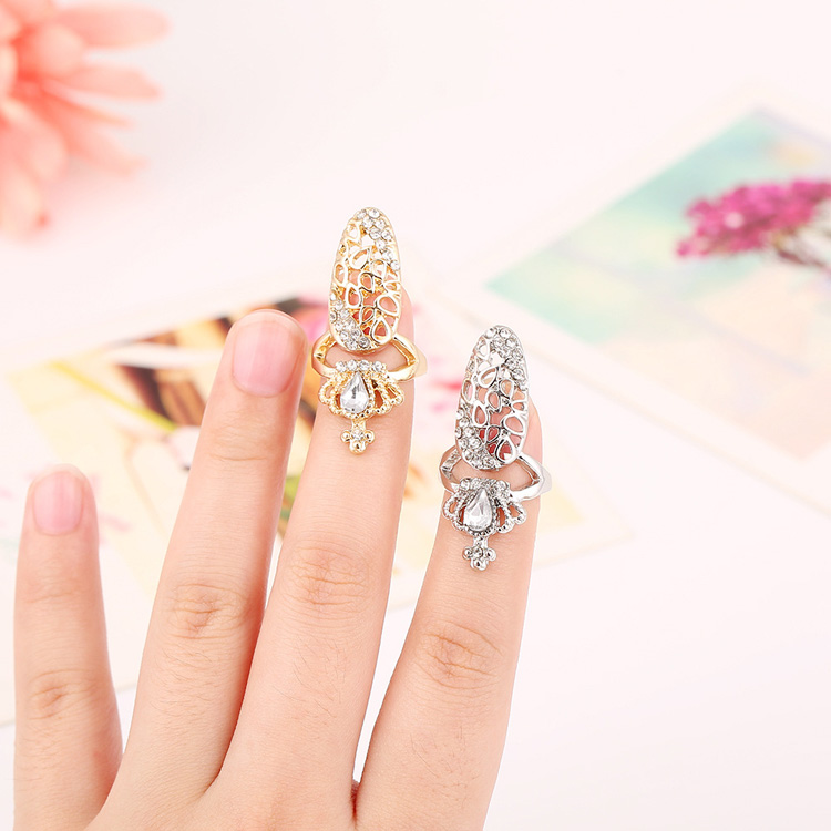 Nice Gold Silver Plated Alloy Ring Accessory Crystal Beads Crown Hollow Two Cluster Nail False Nail Ring For Women