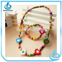 2016 best gift for new year coloful acrylic heart beads necklace bracelet set for girls