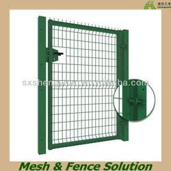 Green Plastic Coated Wrought Iron Fences and Gates Manufacturer