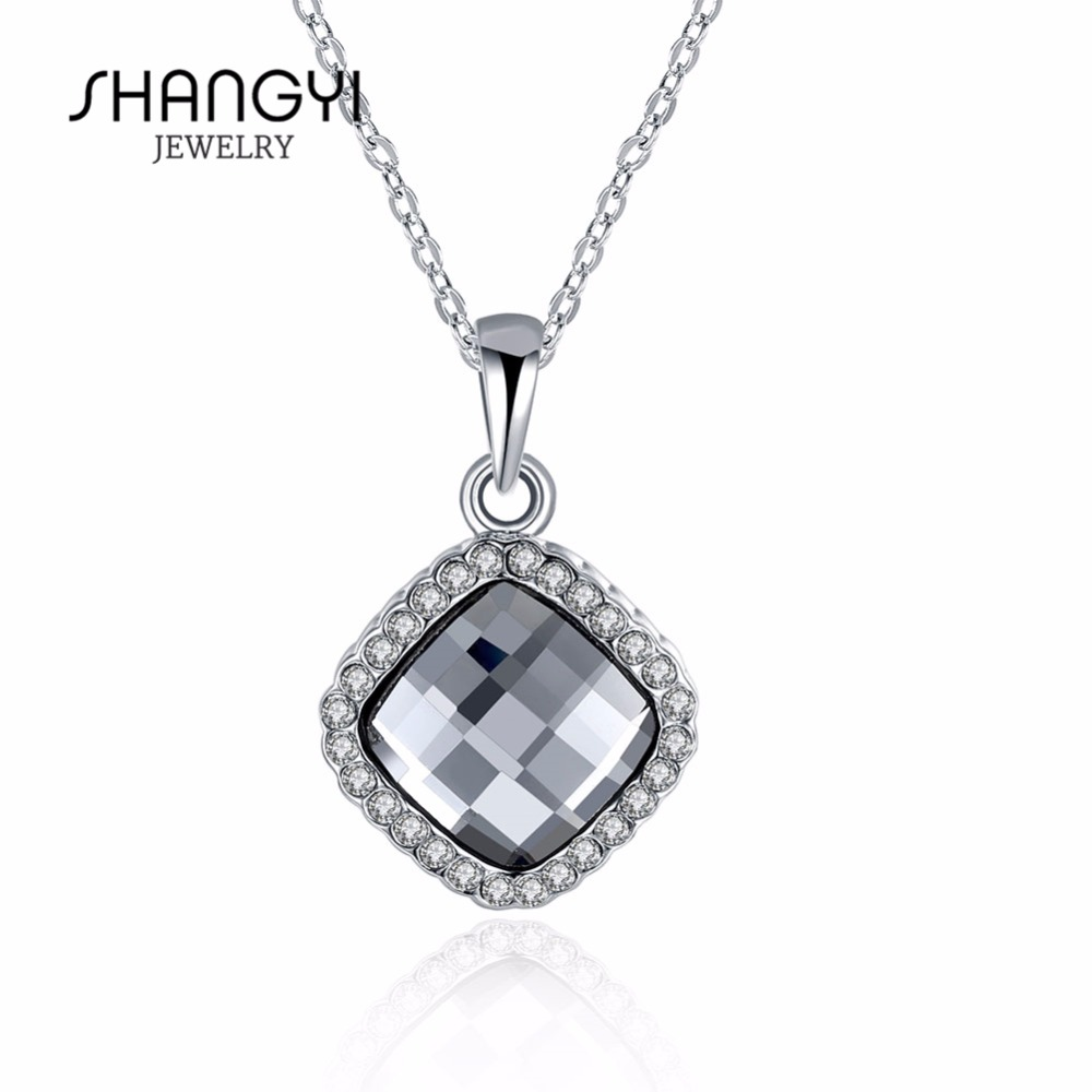 Women White Crystal Necklace Jewelry