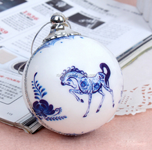 Decorative Hand Painted Plastic Christmas Foam Ball, High Quality Christmas Ornament Supplies