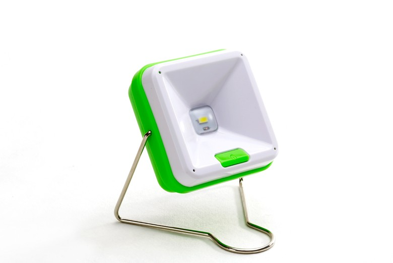 Affordable rainproof solar power reading lamp table lamp