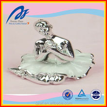 newly design resin ballet for home decoration