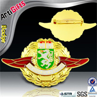 Wholesale golden color uae half wing aviation badge