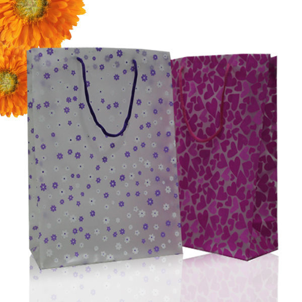 2015 latest new design Custom made Transparent frosted PP gift bag/ plastic shopping bag Online wholesale