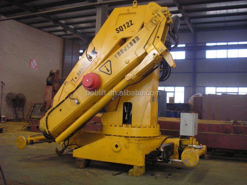 The Hydraulic Crane Is Used To Lift The 1400 : Ton m hydraulic folding boom mini mobile crane used