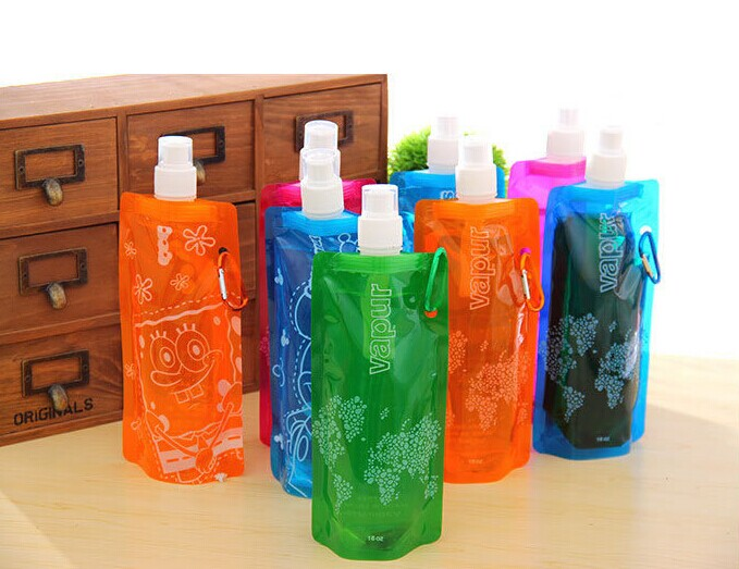 2016 New Beautiful Cheap Plastic Fashional Foldable Sport Water Bottle With Spout