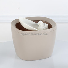 novelty mini trash bin/plastic onboard cute waste can/swing lid garbage bin