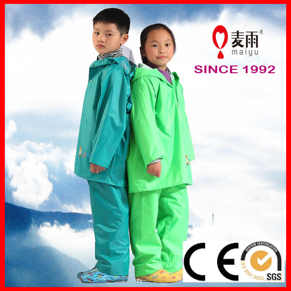 ecological rainproof polyester kids rain jacket and pants