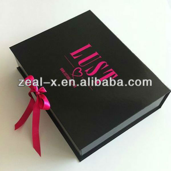 Custom LUST Logo Printed Colored High Gloss Apparel Box Packaging Shipping Boxes