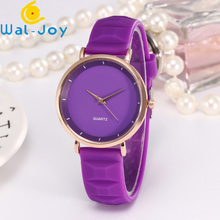 WJ-6675 Alibaba Hot Sale Watch Popular Multicolor Quartz Wristwatch Vogue Girls Fancy Silicone Watch For Women