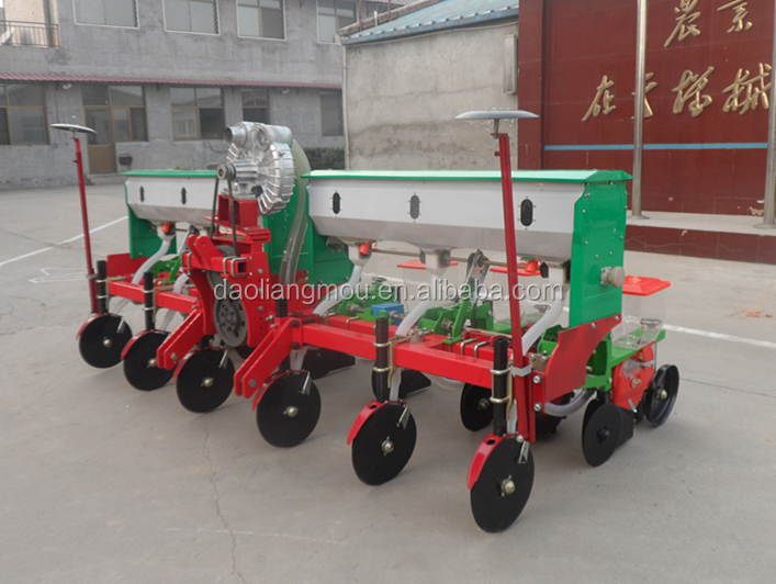 2BYQL 4-row pneumatic precision corn seeder planter for sale