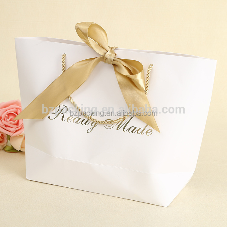 2017 Wholesale various sizes white art craft custom paper bag