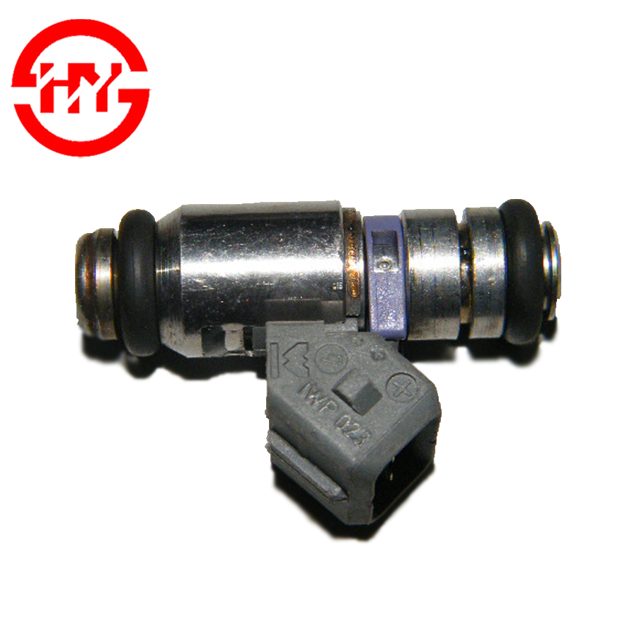 series fuel injector <strong>nozzle</strong> OEM IWP-023 IWP023 for Italy hatchback auto