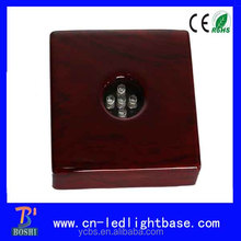 Piano red lacquer finish Ultra white led lights wooden bases for sculptures