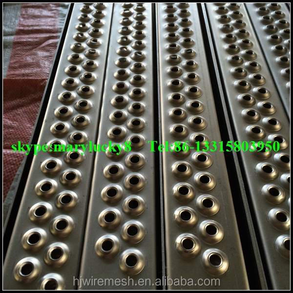 Perforated Metal Ladder Rung Cover Safety Tread Ladder
