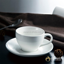Modern Simplicity Design for Porcelain Tea Cup with Saucer for Hotel and Restaurant