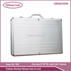 2016 newest silvery hair stylist tool case