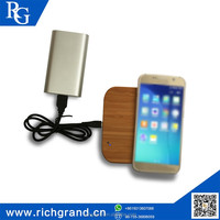 China wholesale websites Embrossed Wood battery charger wireless for iPhone Samsung Universal