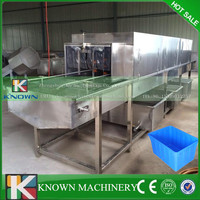 304 Stainless steel Turnover plastic tray cleaner machine/plastic tray cleaning machine