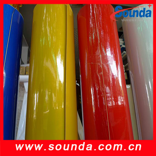 High intensity reflective sheeting SR1200