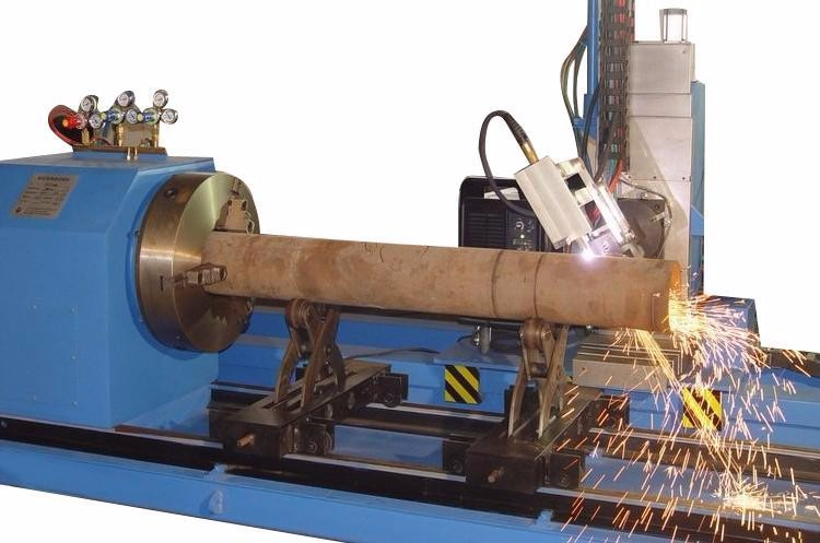 Cnc flame plasma round pipe or square pipe cutting machine stainless round pipe hole cutting machine