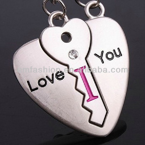 Fashion New Love You Letters Heart Keychain Lovers Valentine's Day Gift