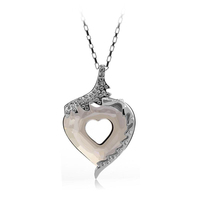 OUXI hot sale gift 2015 Austria crystal elements /Venus Love in Heart pendant/Zinc Alloy plated necklace 10159