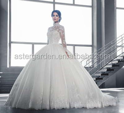 Wholesale luxurious lace off-shoulder long sleeve bride wedding gowns