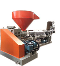 Plastic scraps recycle granulating machine