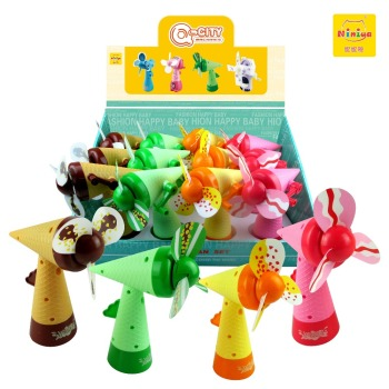NINIYA Q-KIDS Lovely Mini cool fans ice cream shape plastic handheld water spray fan